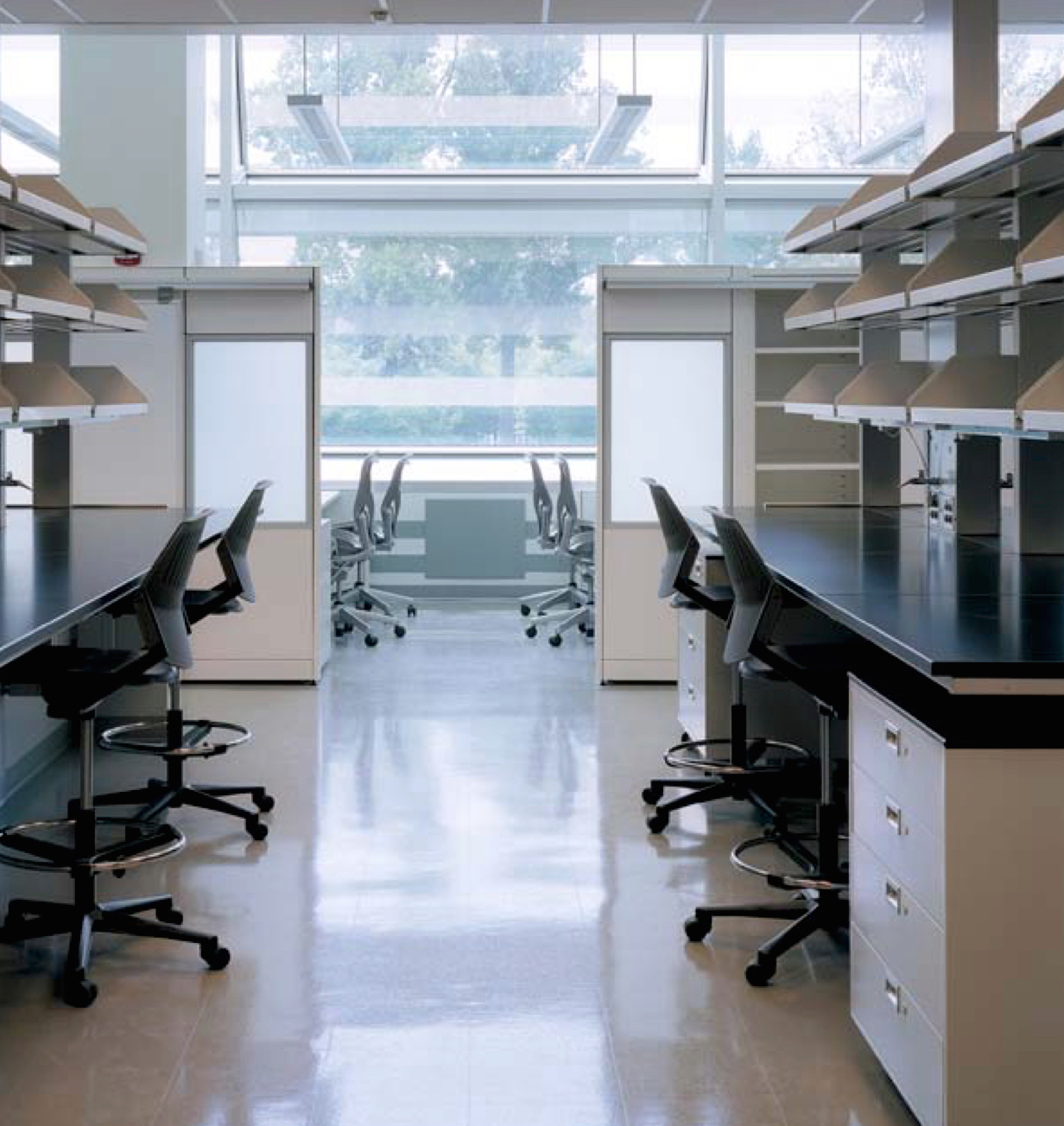 Porter Neuroscience Research Lob at NIH, Bethesda, MD*