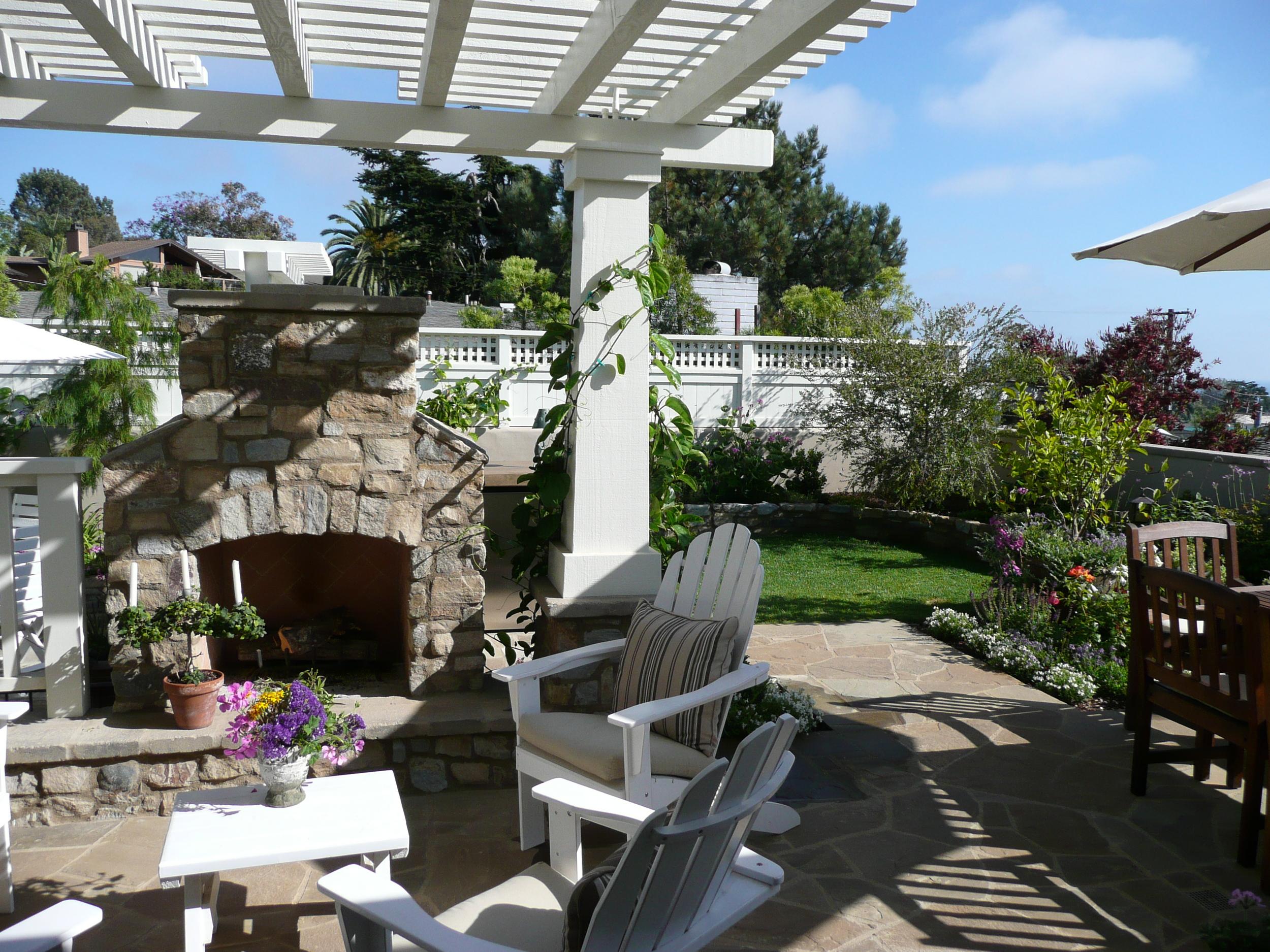5-351 Backyard Fireplace.JPG