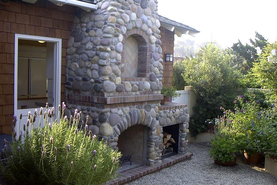3-212 Outdoor Fireplace.jpg