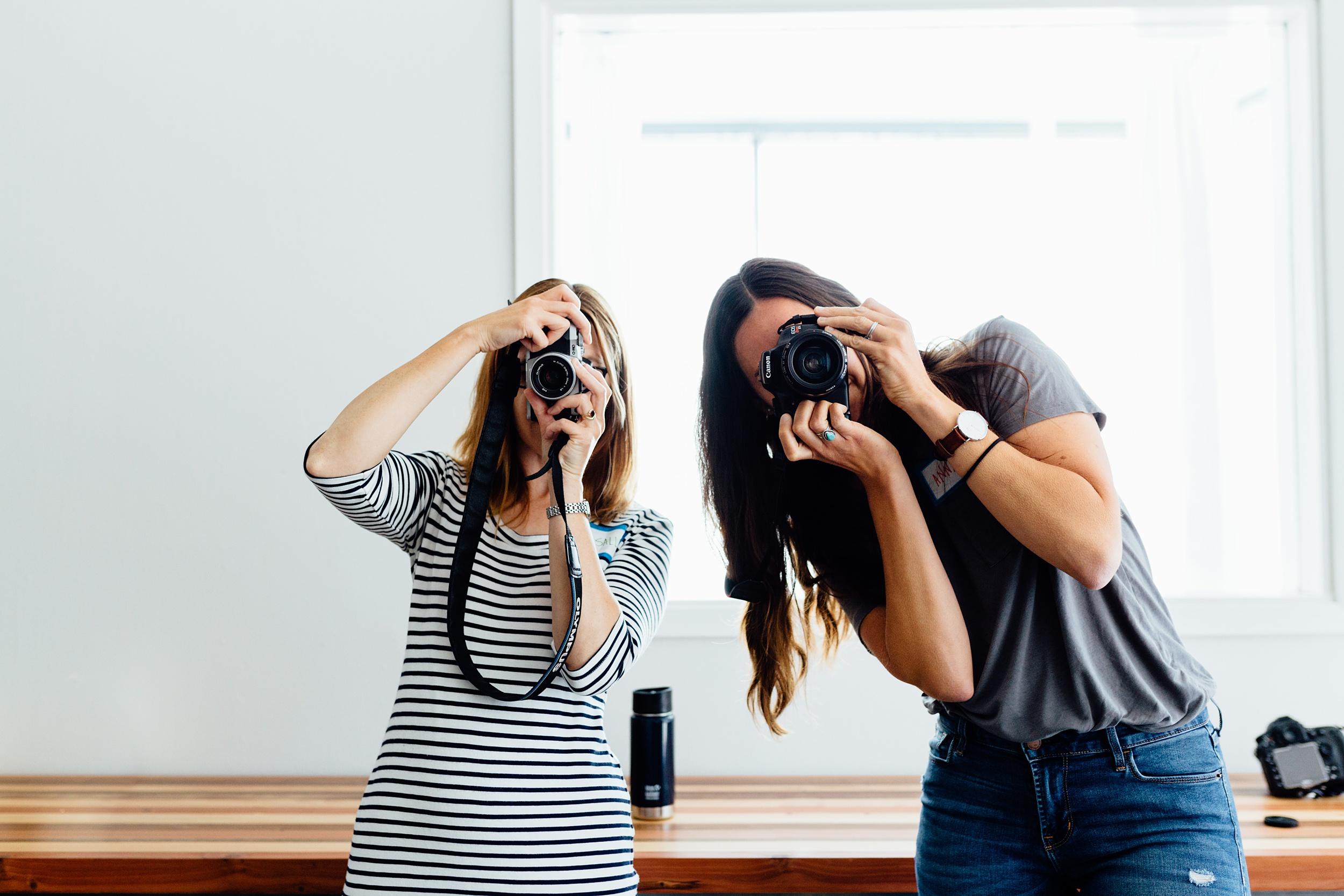 Icarian_Photography-bay-area-berkeley-east-bay-san-francisco-oakland-alameda-documentary-photographer-workshops-beginning-photography-workshop_0113.jpg