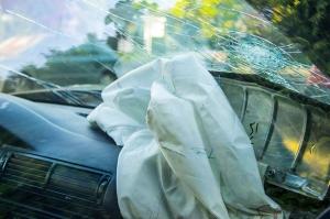 car-crash-windshield-web-300x199.jpg
