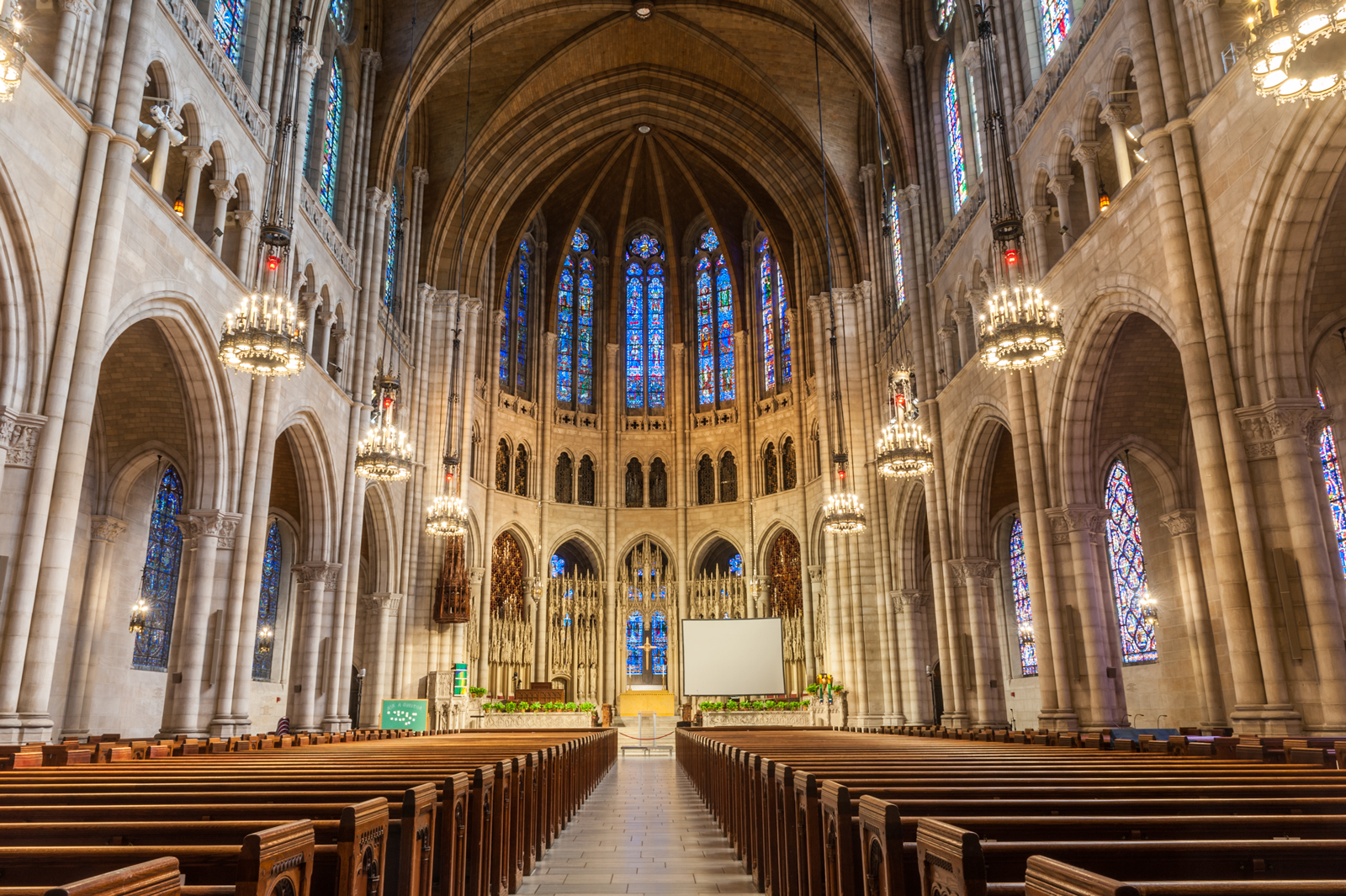 Riverside_Church_021-HDR.jpg