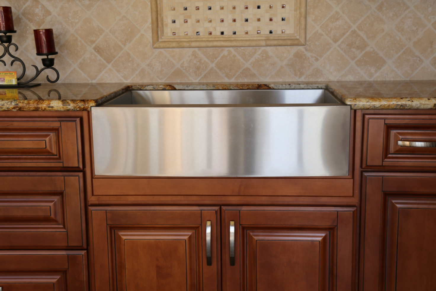 Farmhouse sinks add a unique look to your kitchen area and available in stainless steel, white, and bronze.
