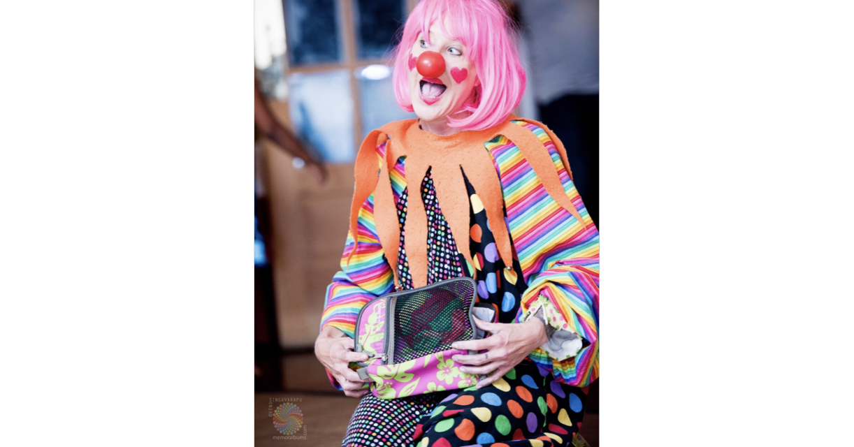 Let BEE BEE Clown bring some energetic fun to your party!