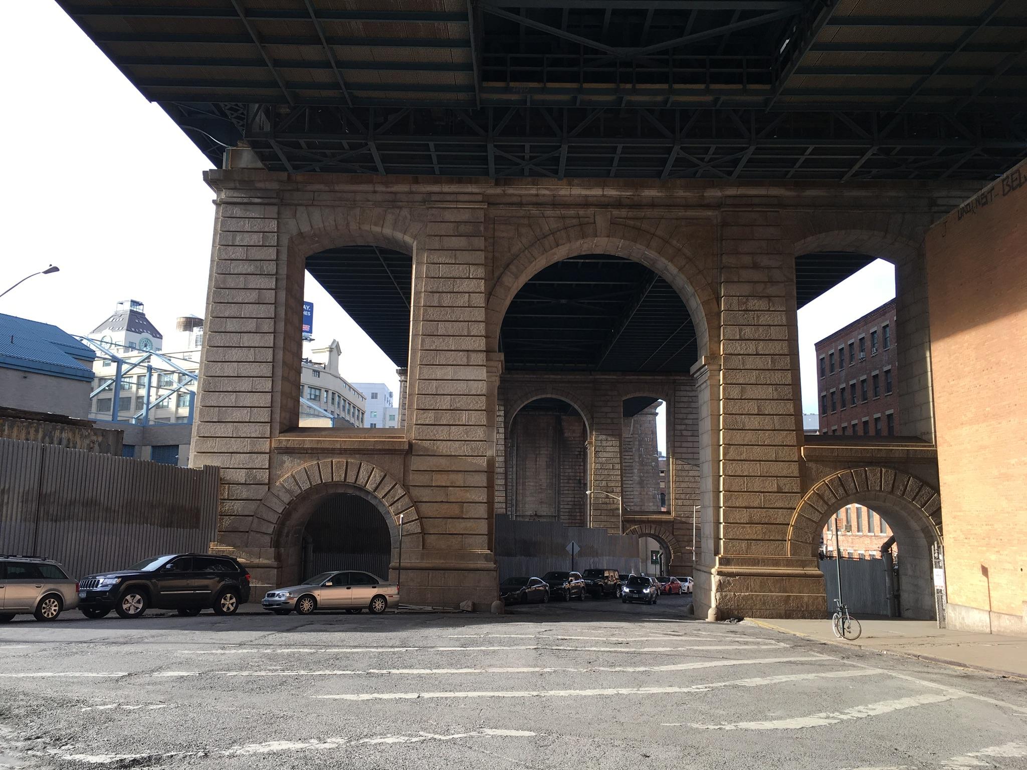 down-under-the-manhattan-brooklyn-overpass.JPG