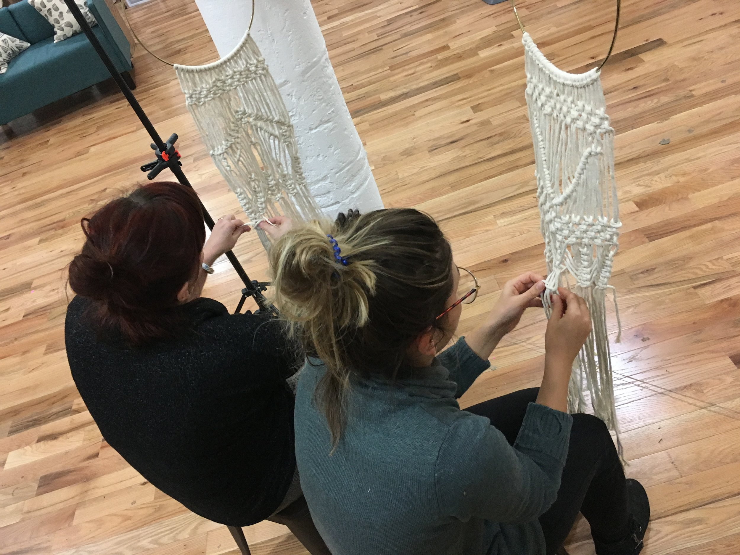 Students in my  Airbnb Experience: NYC Macramé Wall Hanging Workshop .