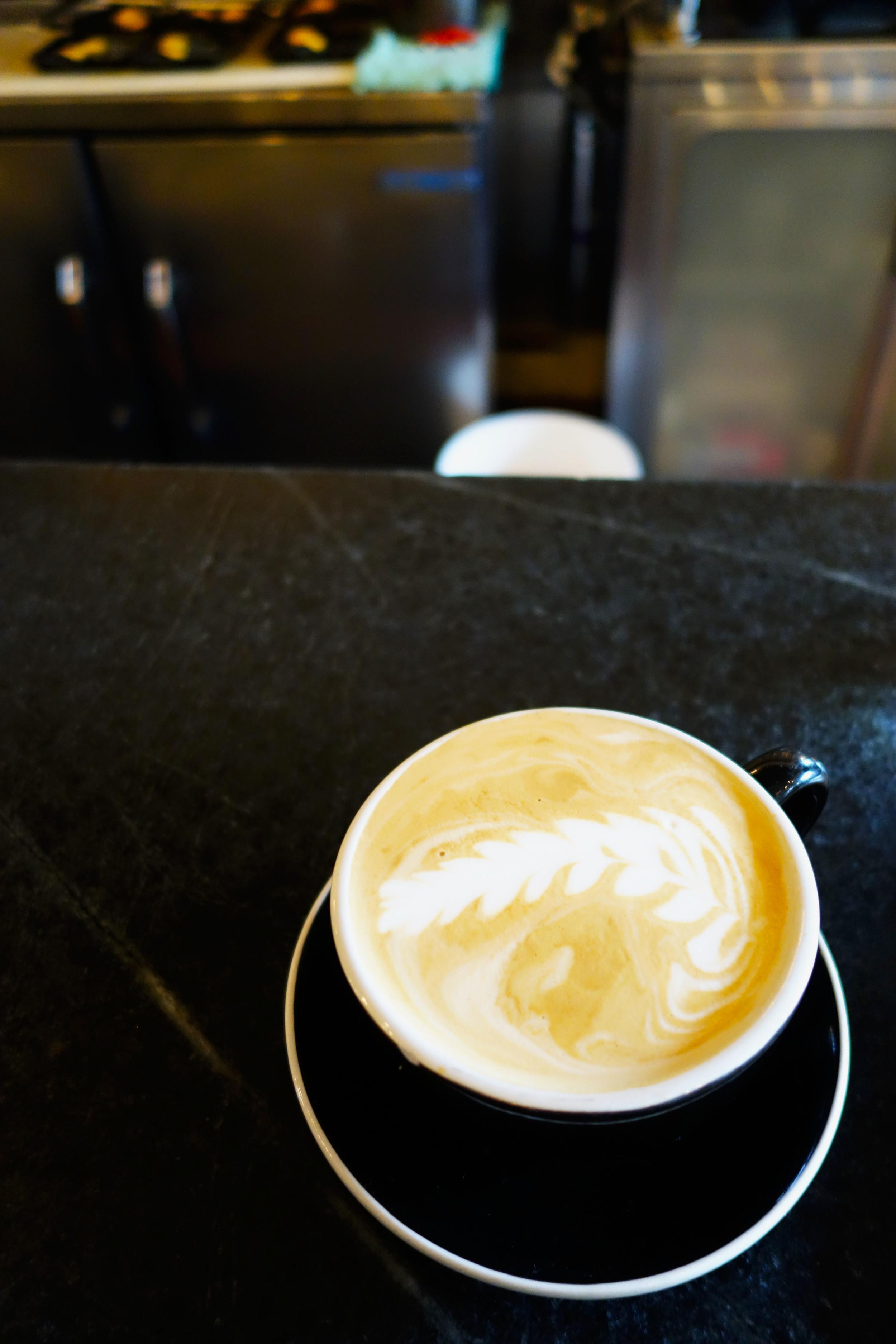 cafe broder latte.jpg