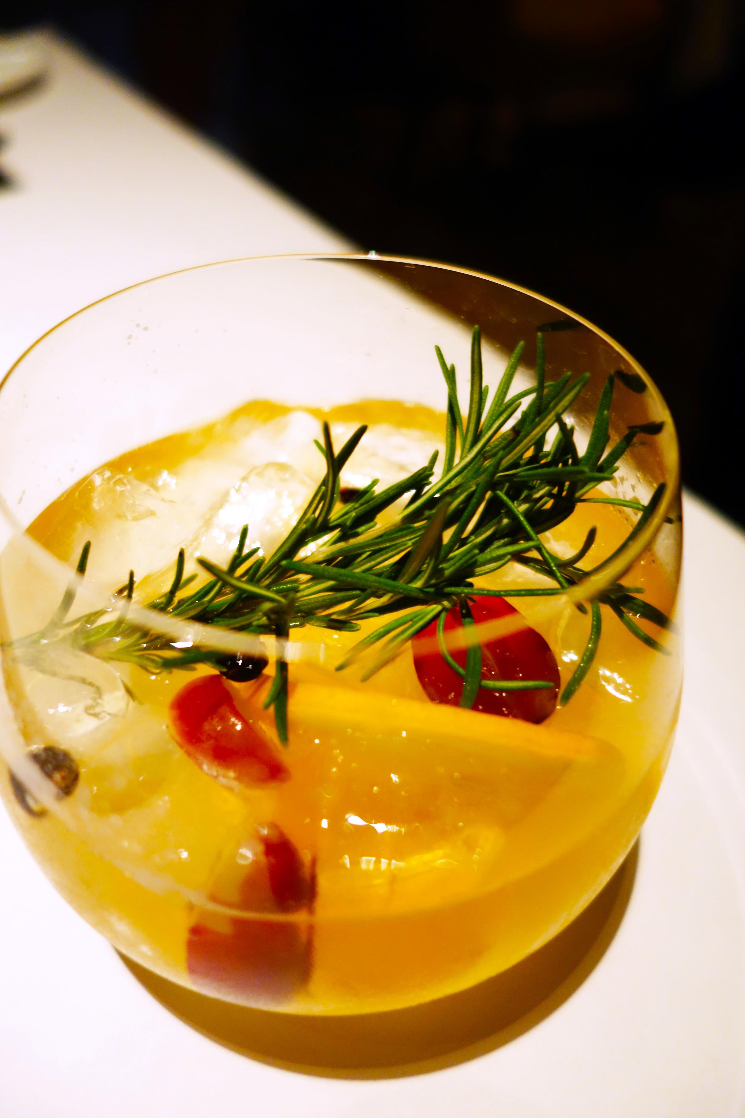 Bottega italian gin and tonic