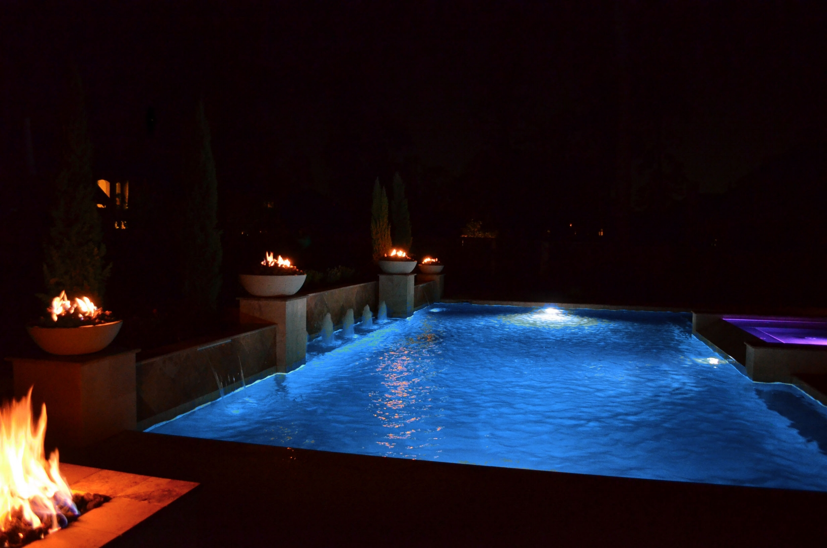 Pool - Night - 1.JPG