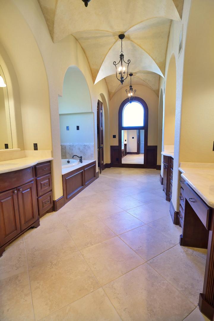 bathroom_24_TL1.jpg
