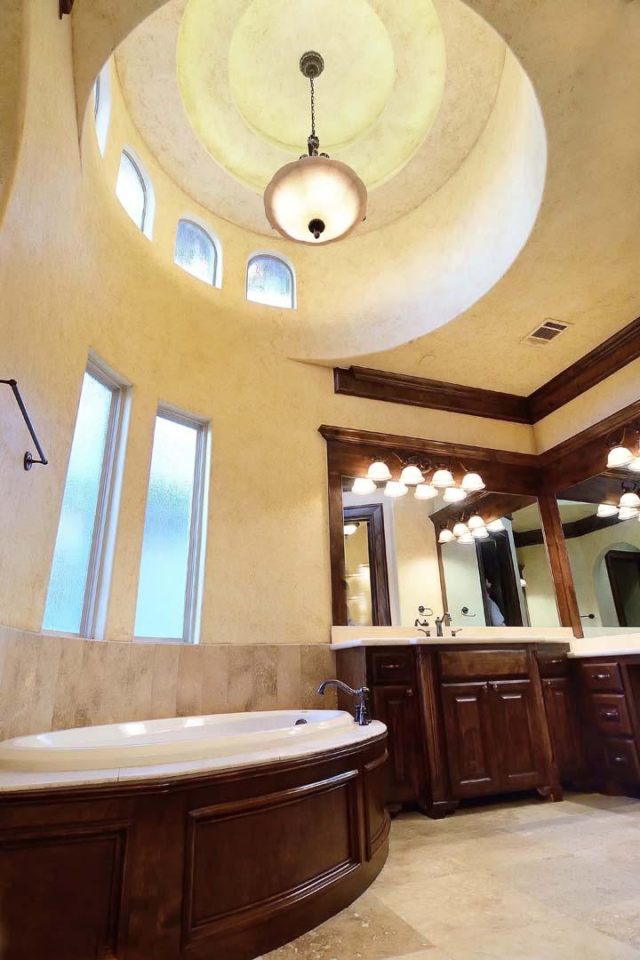 bathroom_25_TL2.jpg