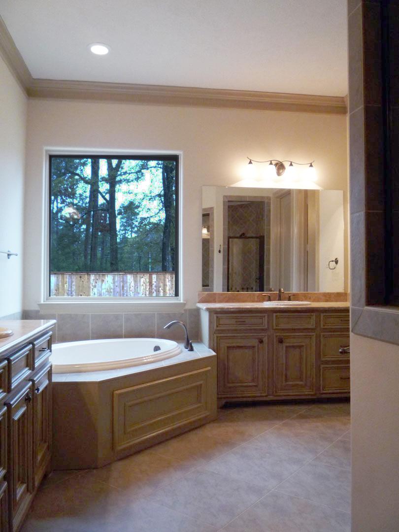 Master Bath (4).jpg