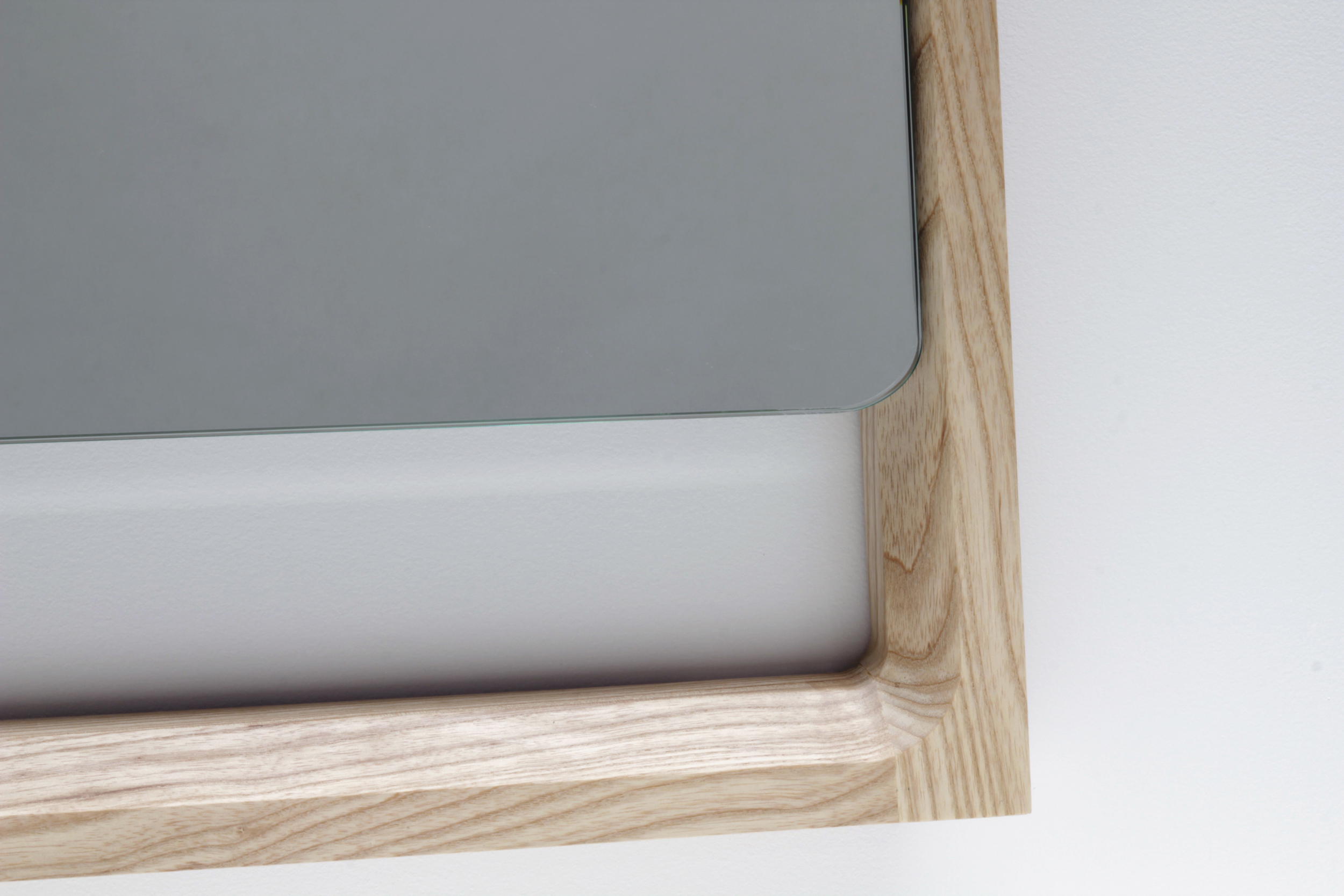 Chamfer Wall Mirror Detail 1 - Designer Designtree.jpg