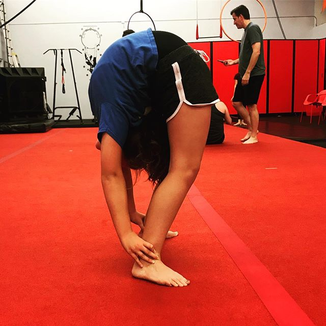 We have contortion classes!!!! We train contortion every Mon/Wed 6:30-7:30 contortion & stretching class! Come on in & try it out! These are a few of our amazing students trying out some new tricks!!! 🙌🏻 #AAPAF #contortion #Redlands #redlandsca #aerial #circus #circustraining #circusgym #circusclasses #circuslife #performing #aerialyoga #yogaroom #silks #lyra #aerialhoop #stretching #flexibility #contortiontraining #aboutredlands #flexibiltytraining #training #circuspractice #practice #gymnastics #circusredlands #inlandempire #fitness