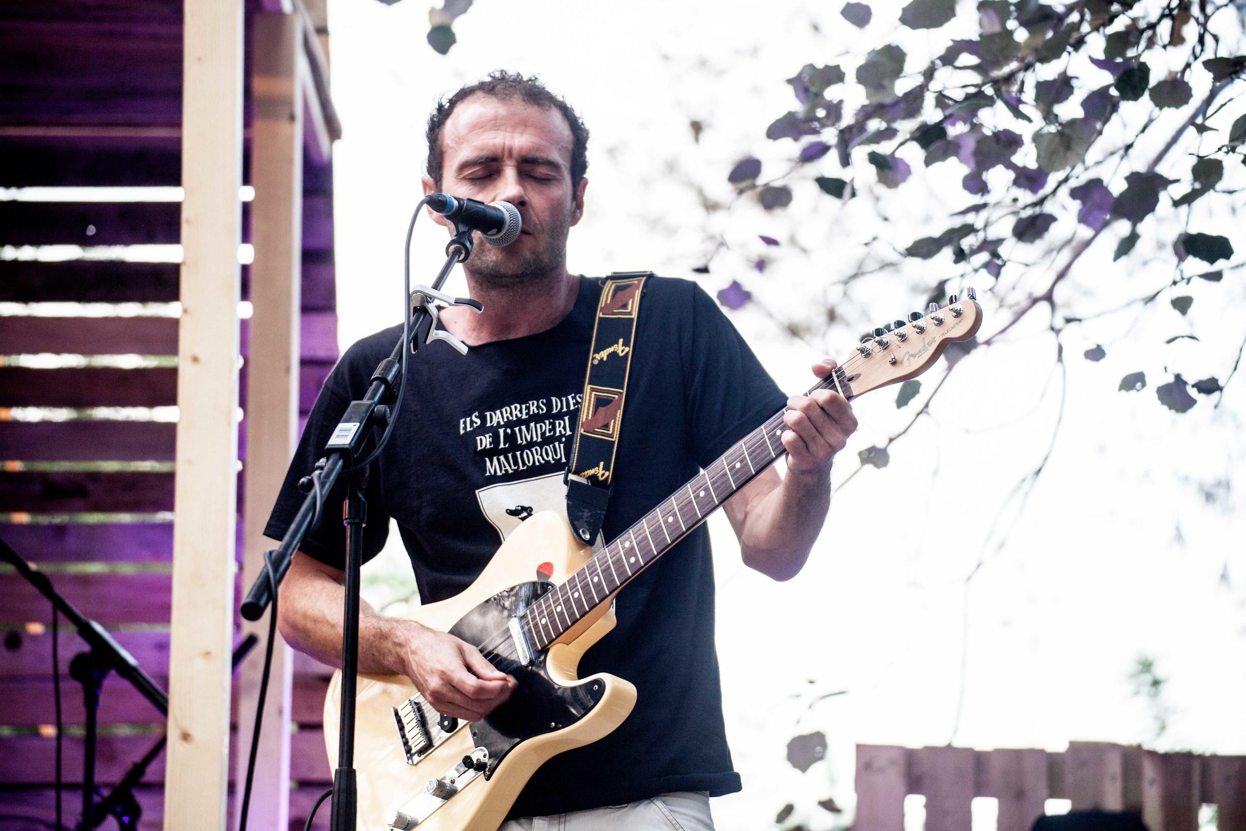 20_Miquel Serra_Vida Festival_La Cabana.jpg