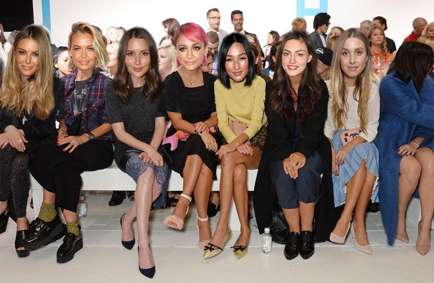 This photo is totally legit, y'all -Jennifer Hawkins, Lara Worthington, Sara Donaldson, Nicole Richie, Nicole Warne, Phoebe Tonkin, Whitney Port.