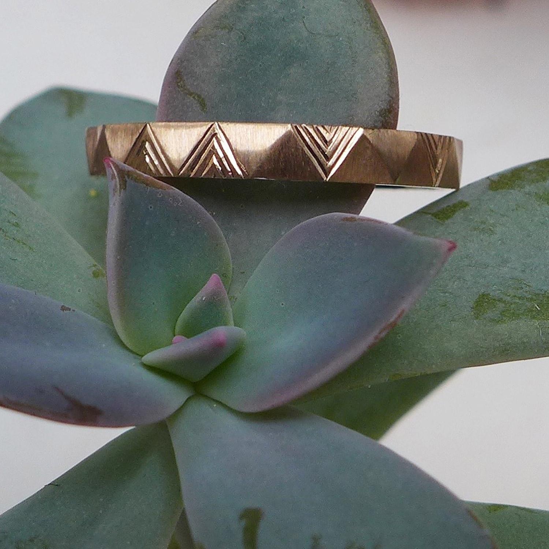 engraved-wedding-ring.jpg
