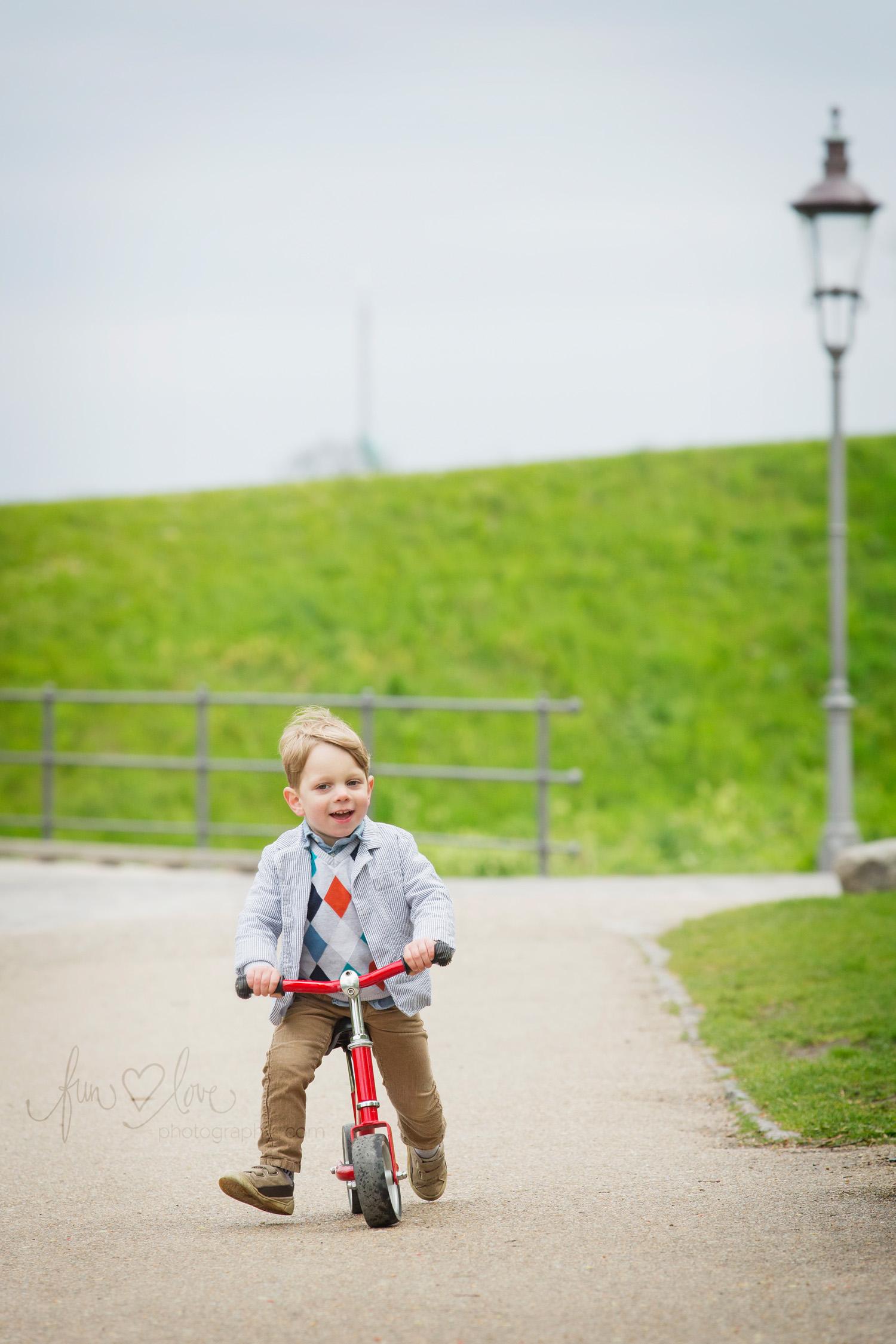 boy-on-balance-bike-toronto-child-photography