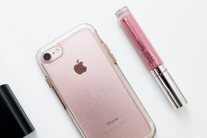 iphone and lipgloss