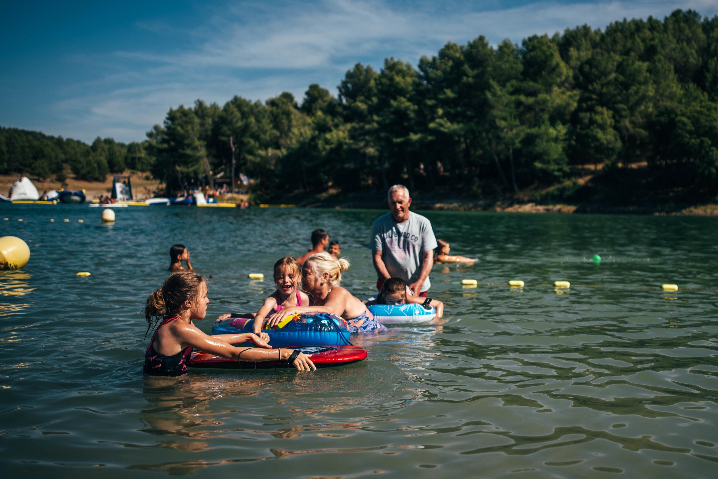 Family enjoy Lake Essex UK Documentary Photographer