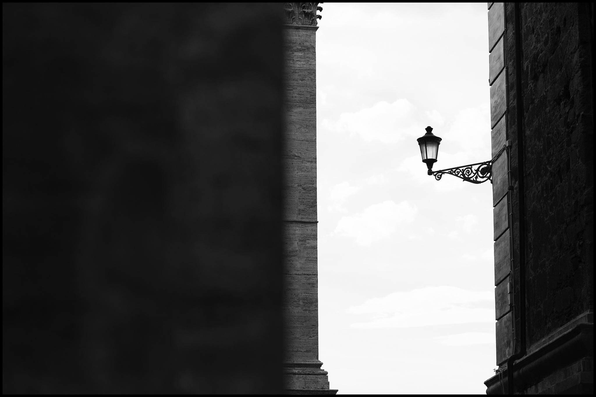 4 June 2019 - Street lamp, Rome IT