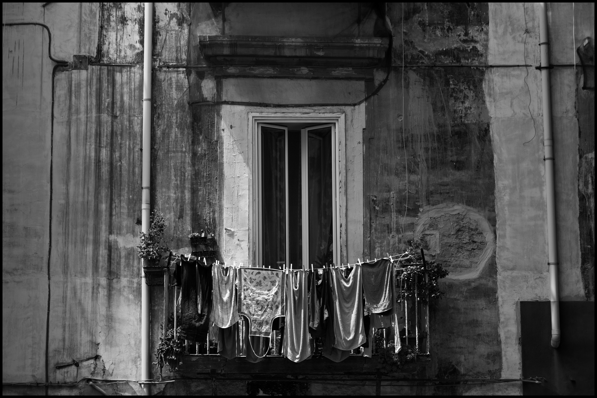 11 June 2019 - Window and washing, Naples IT