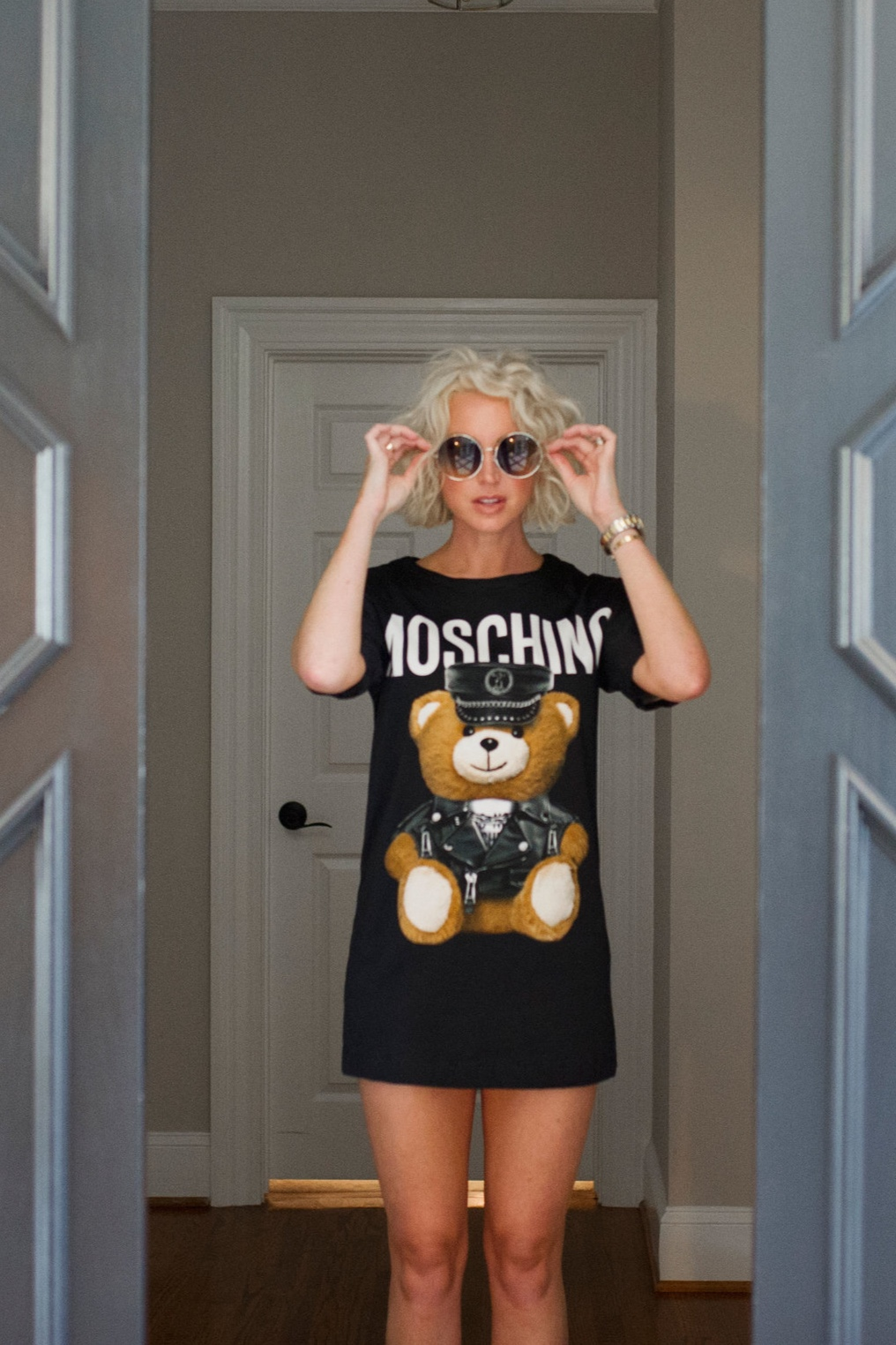 I'm a sucker for a good t-shirt dress especially if it means having a piece of that eccentric Moschino teddy bear logo. - The dress is from Jeremy Scott's AW16 collection and features the Moschino teddy bear icon.