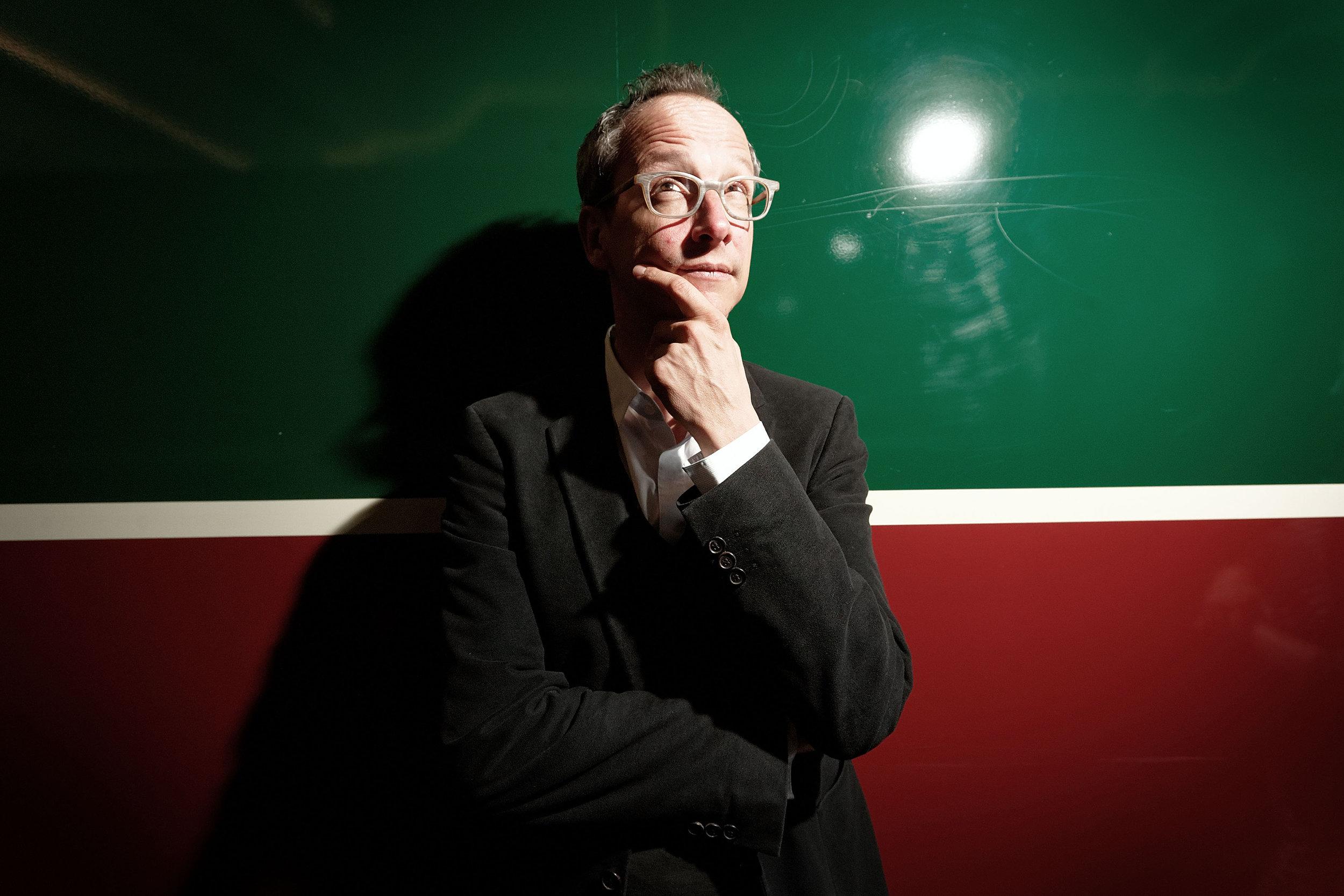 Hannes Hug, Filmemacher und Radiojournalist - SonntagsZeitung - 2014