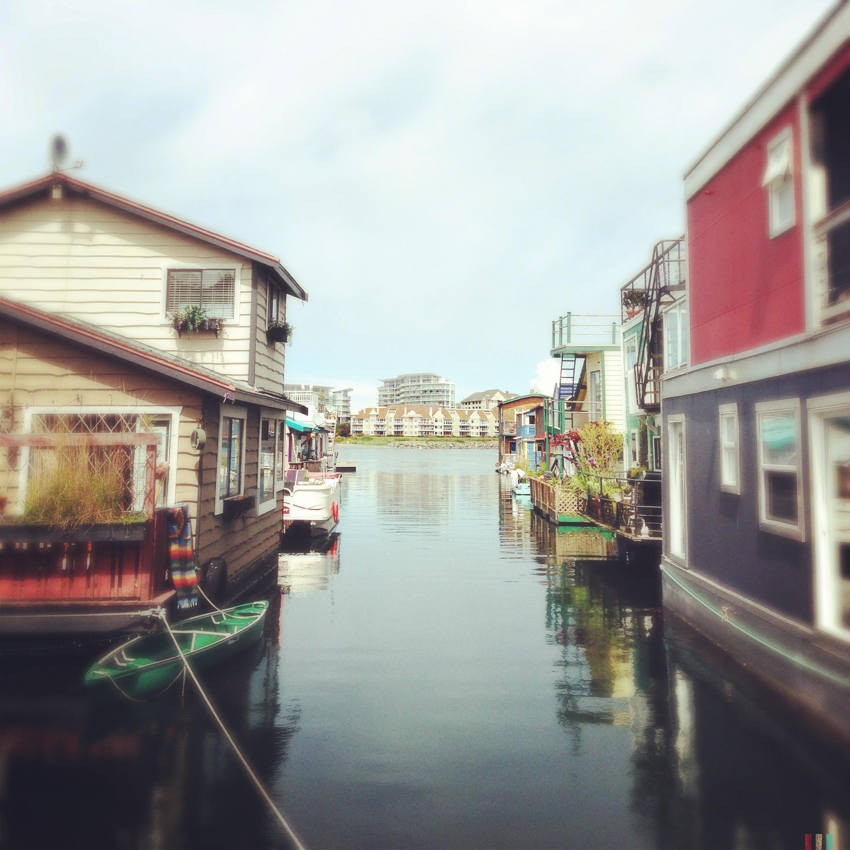 float houses,victoria