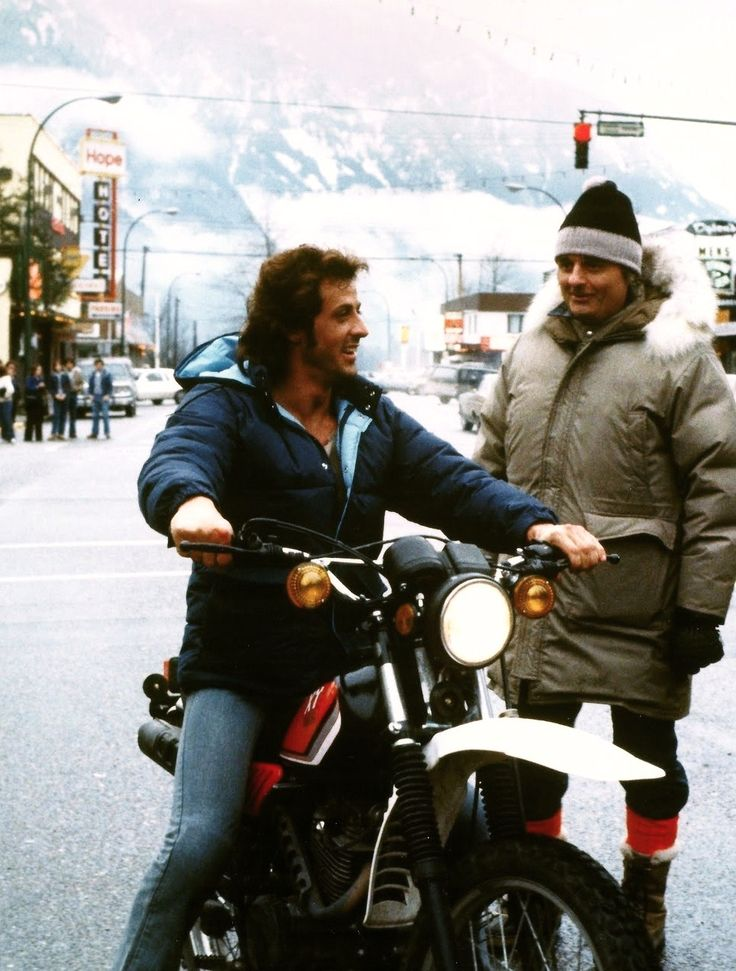 »Sylvester Stallone and Ted Kotcheff on First Blood Set in Hope, British Columbia.«