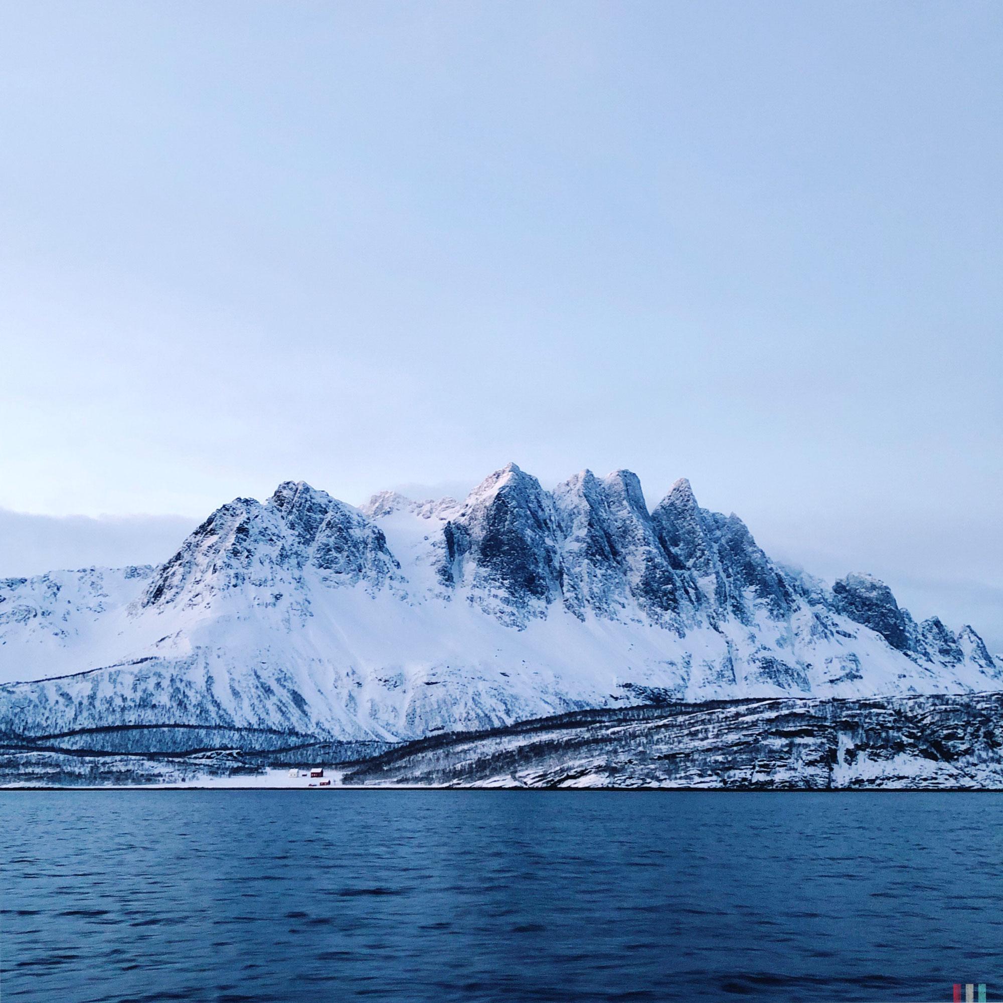 norwegen-tromso-segeltour-berg.JPG