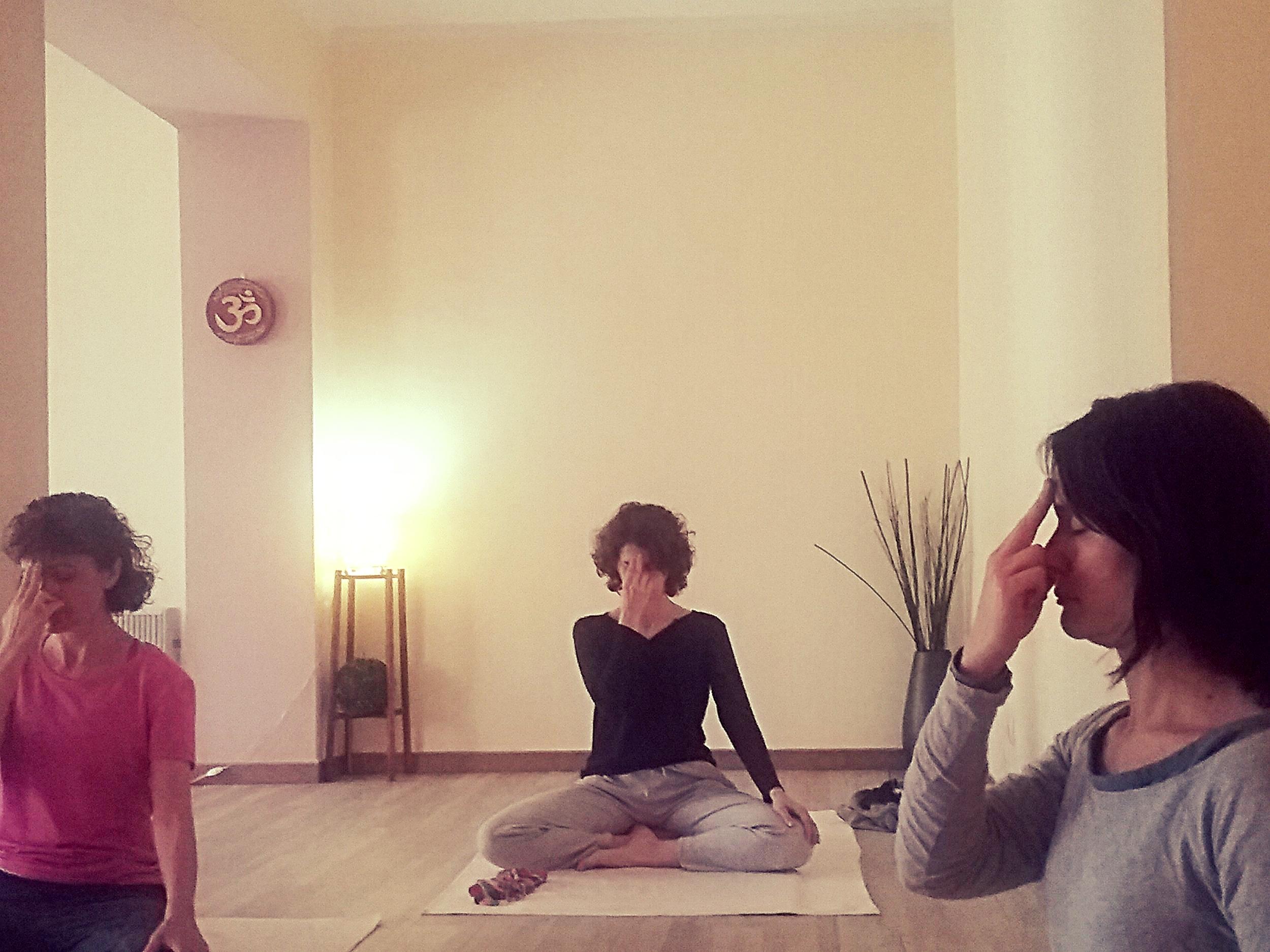 ioga-sants-les-corts-barcelona.jpg