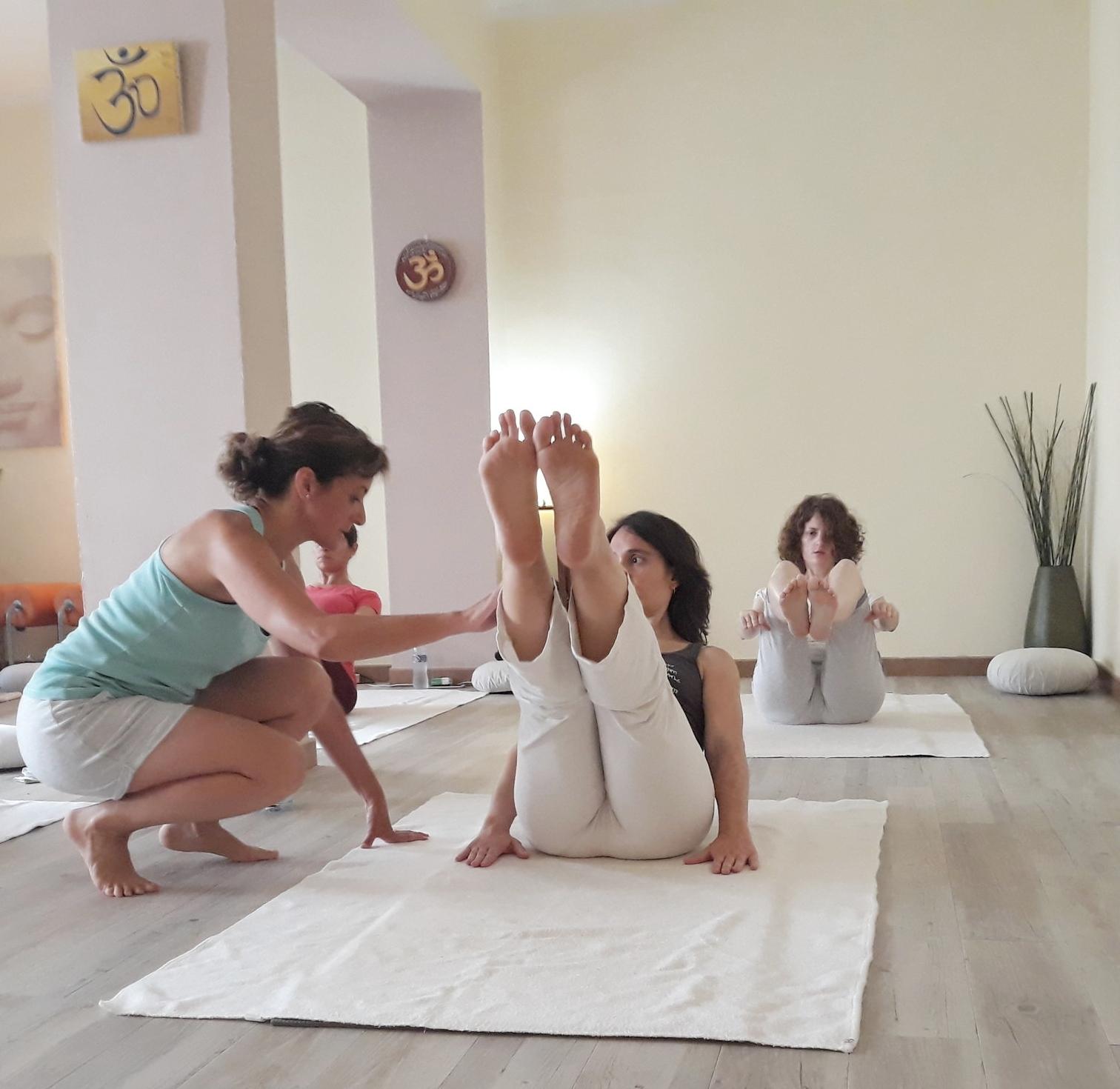 yoga-terapeutico-les-corts-barcelona