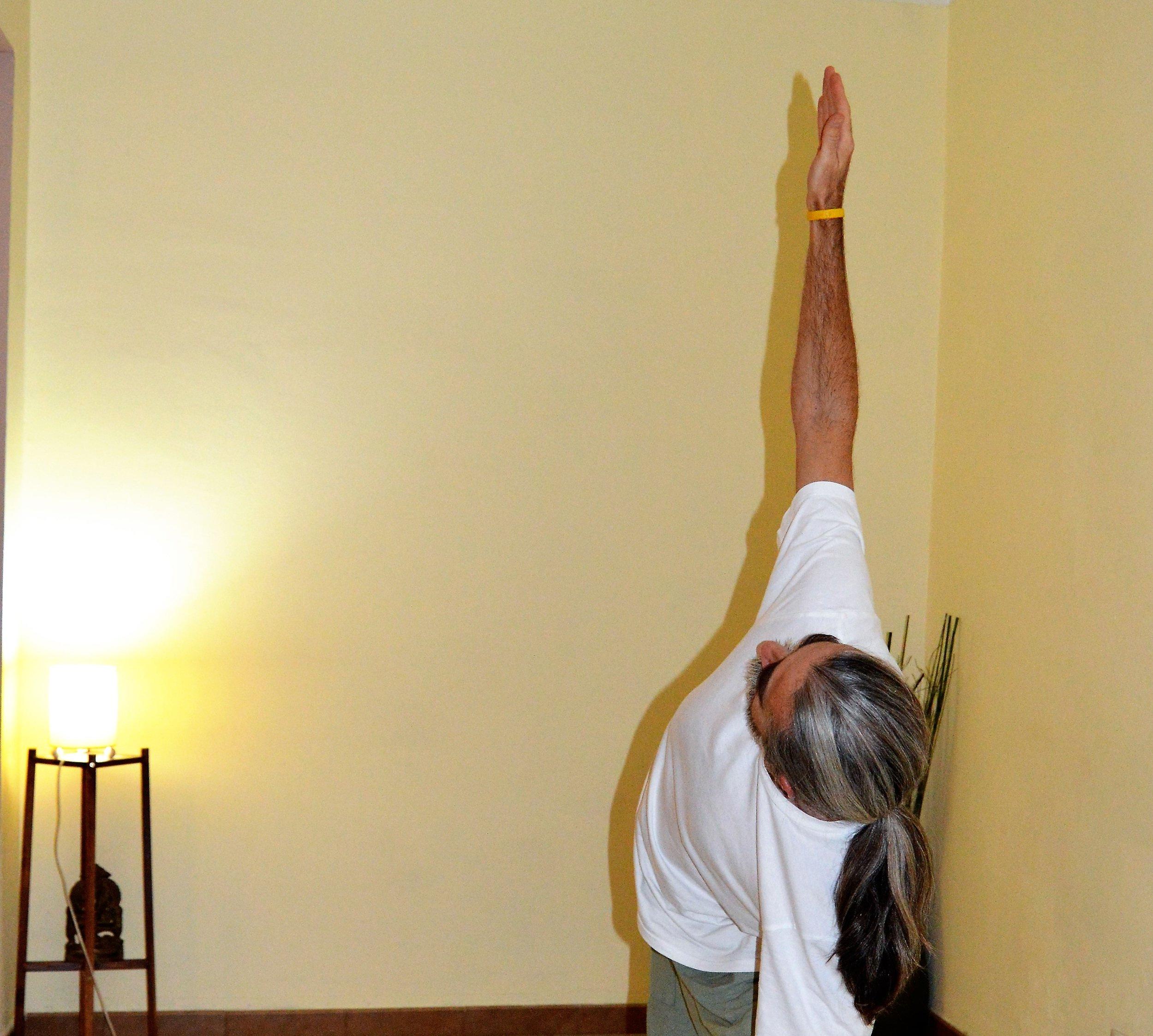 ioga-les-corts-asana.jpg