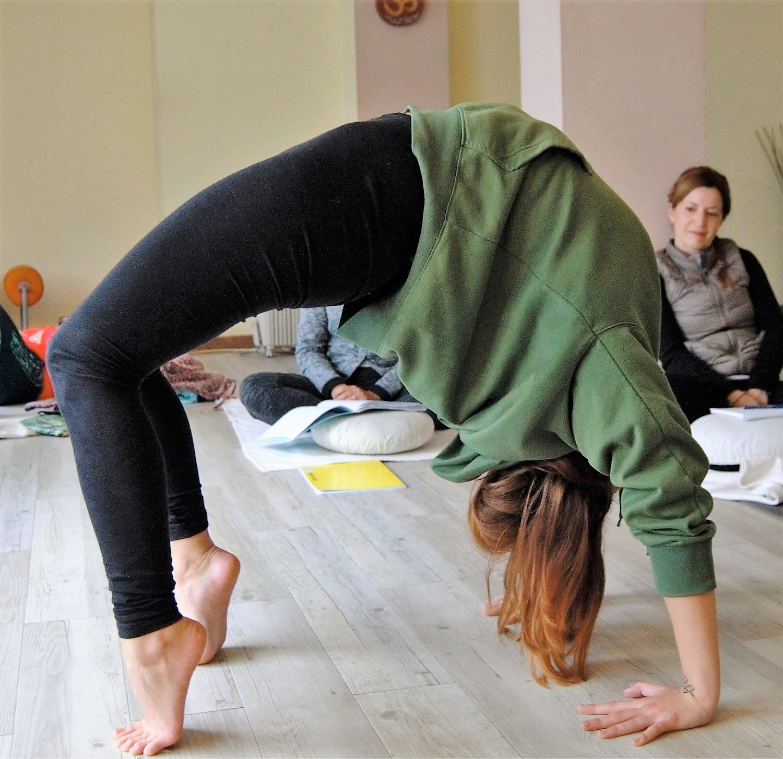 ioga-asana-les-corts (2).jpg