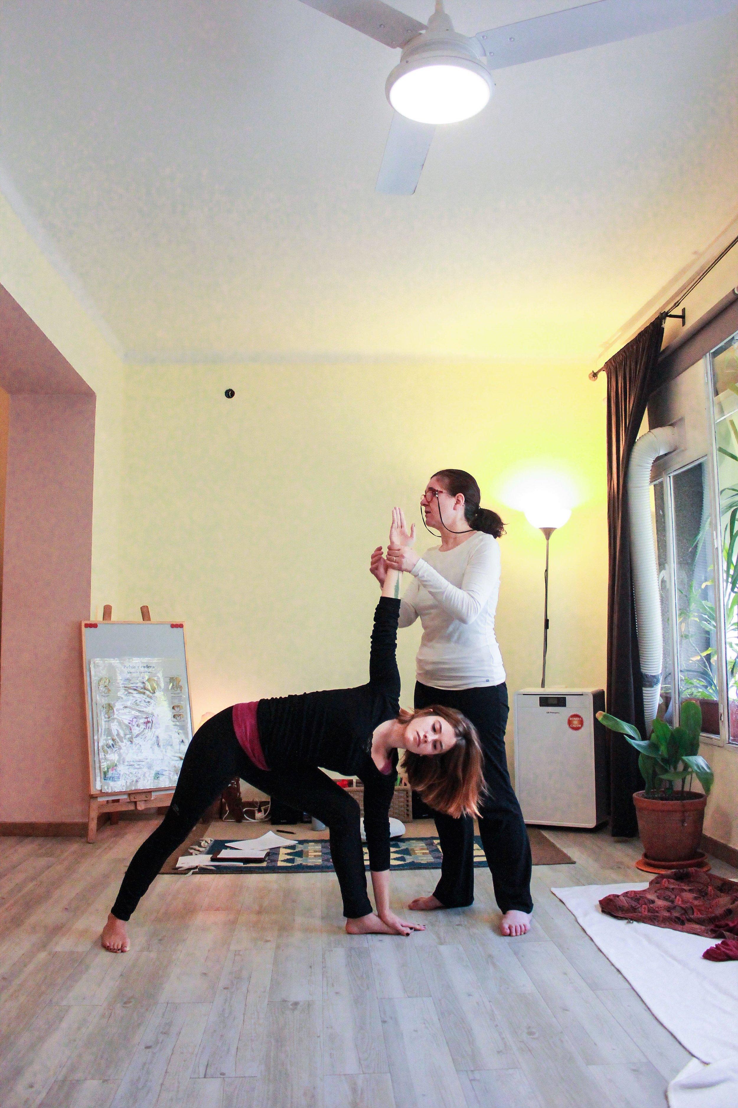 les-corts-barcelona-yoga.jpg