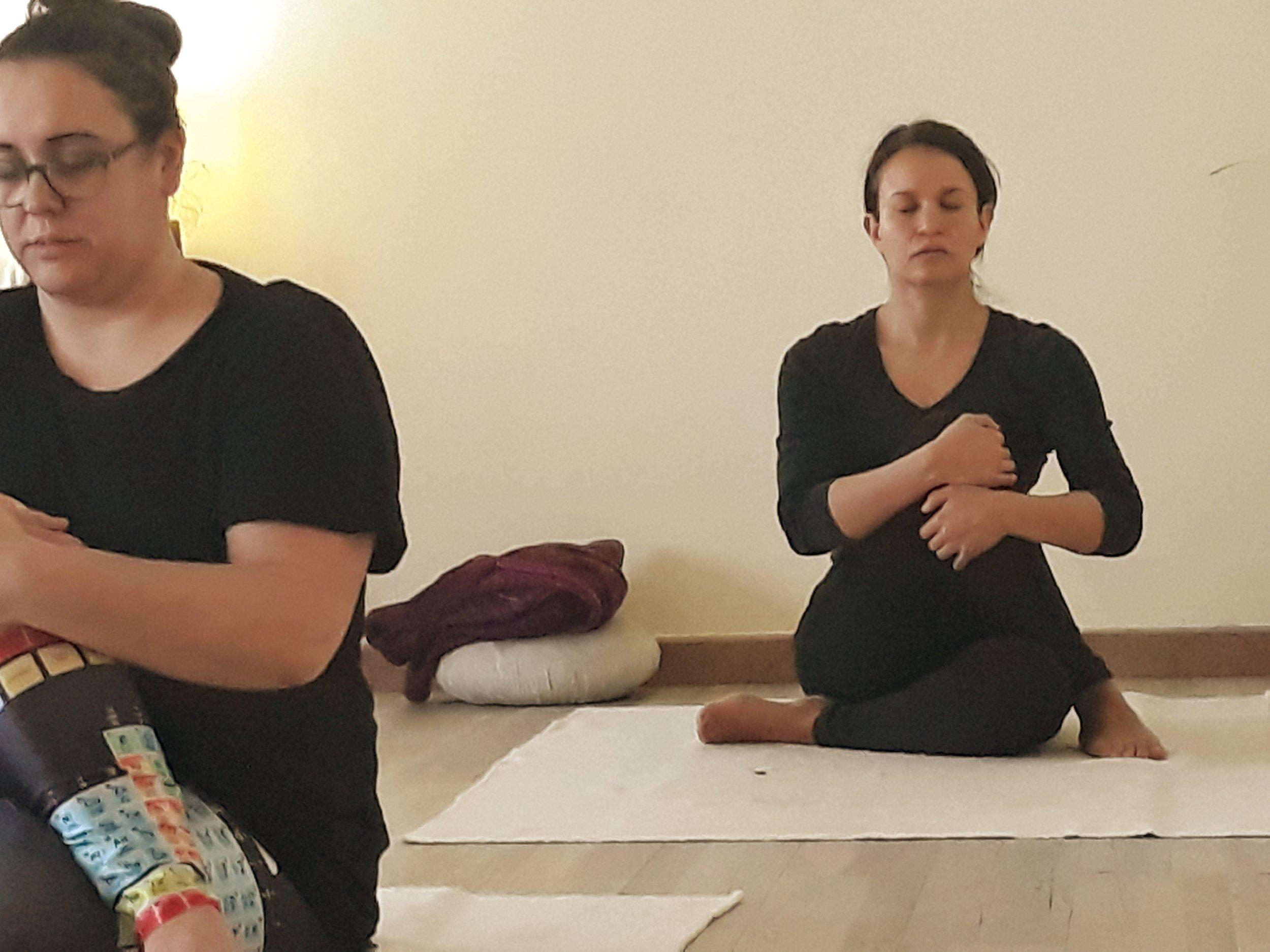 les-corts-yoga.jpg