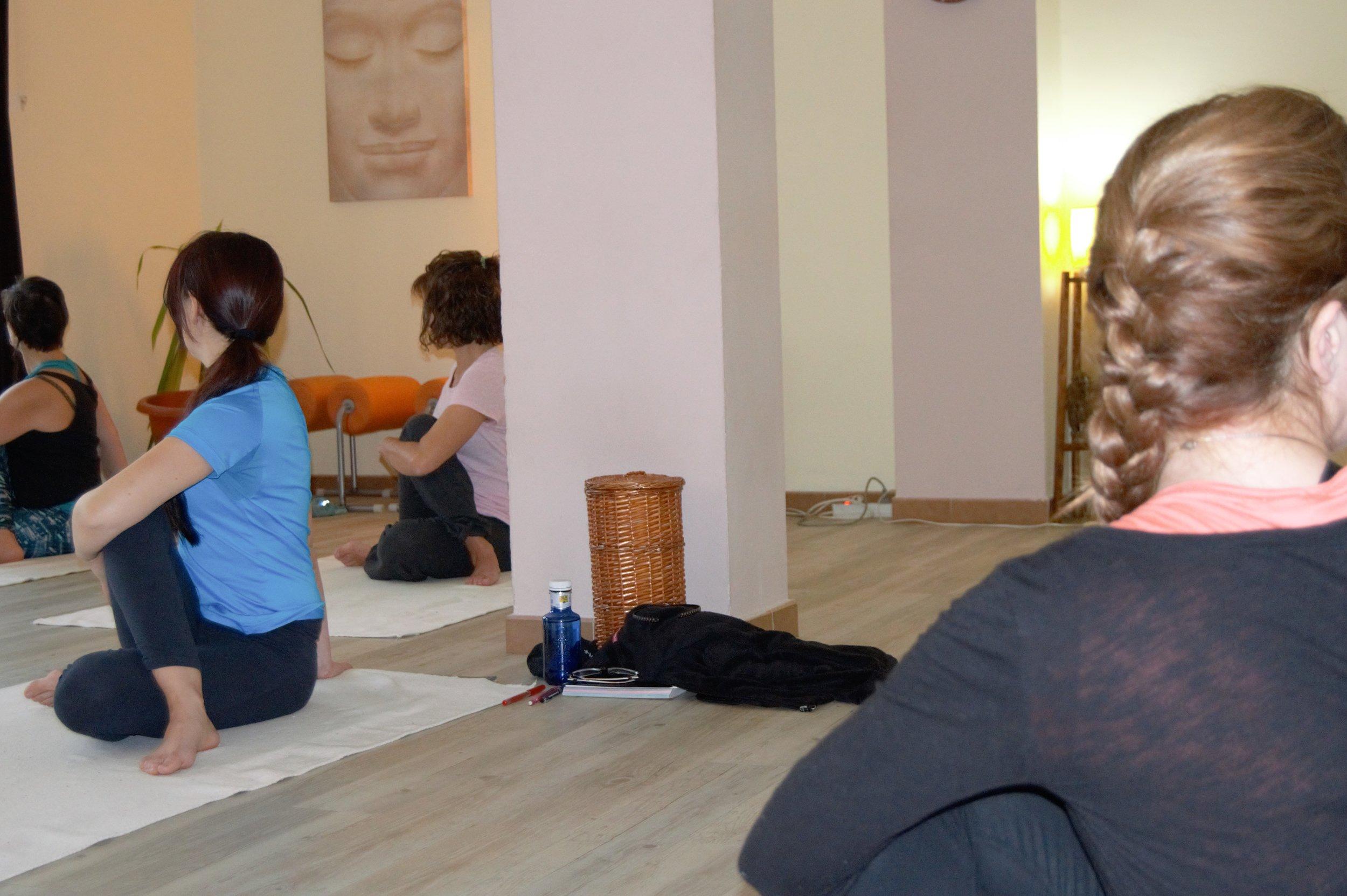 yoga online barcelona (2).jpg