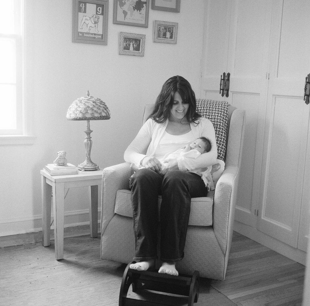 lifestyle-newborn-session-photography-015.jpg