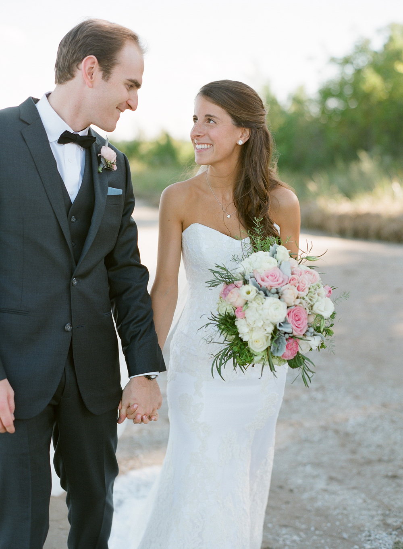 about-thyme-door-county-wedding-046.jpg