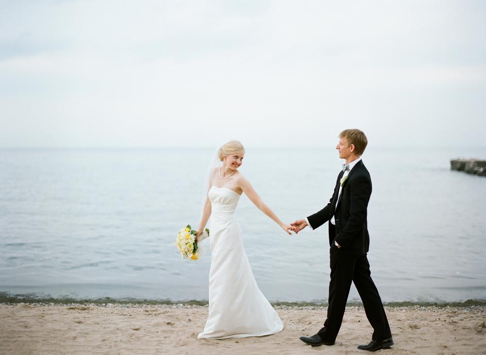 Wisconsin_Wedding_Photographers_008.jpg