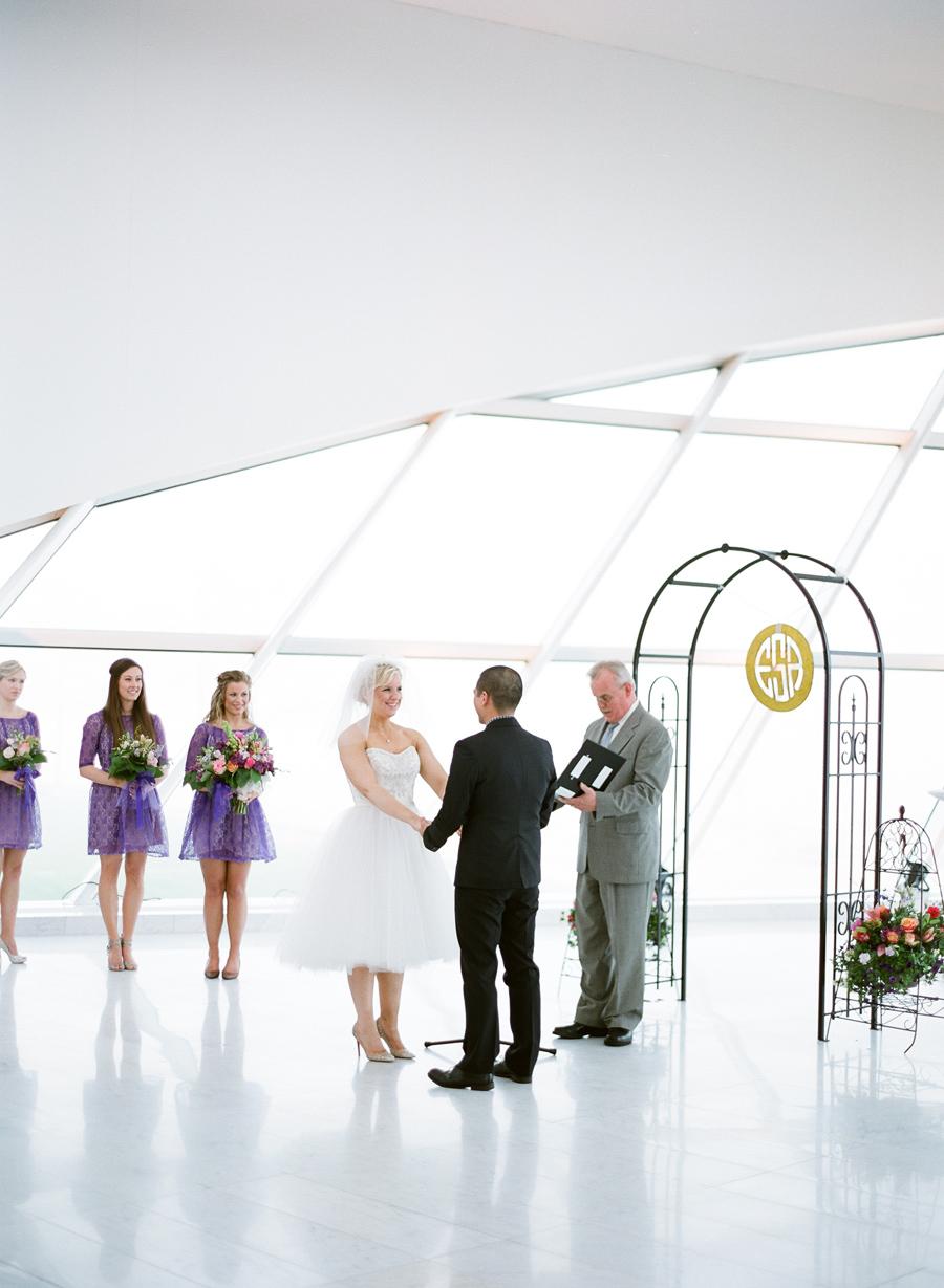 Milwaukee_Art_Museum_Wedding_036.jpg