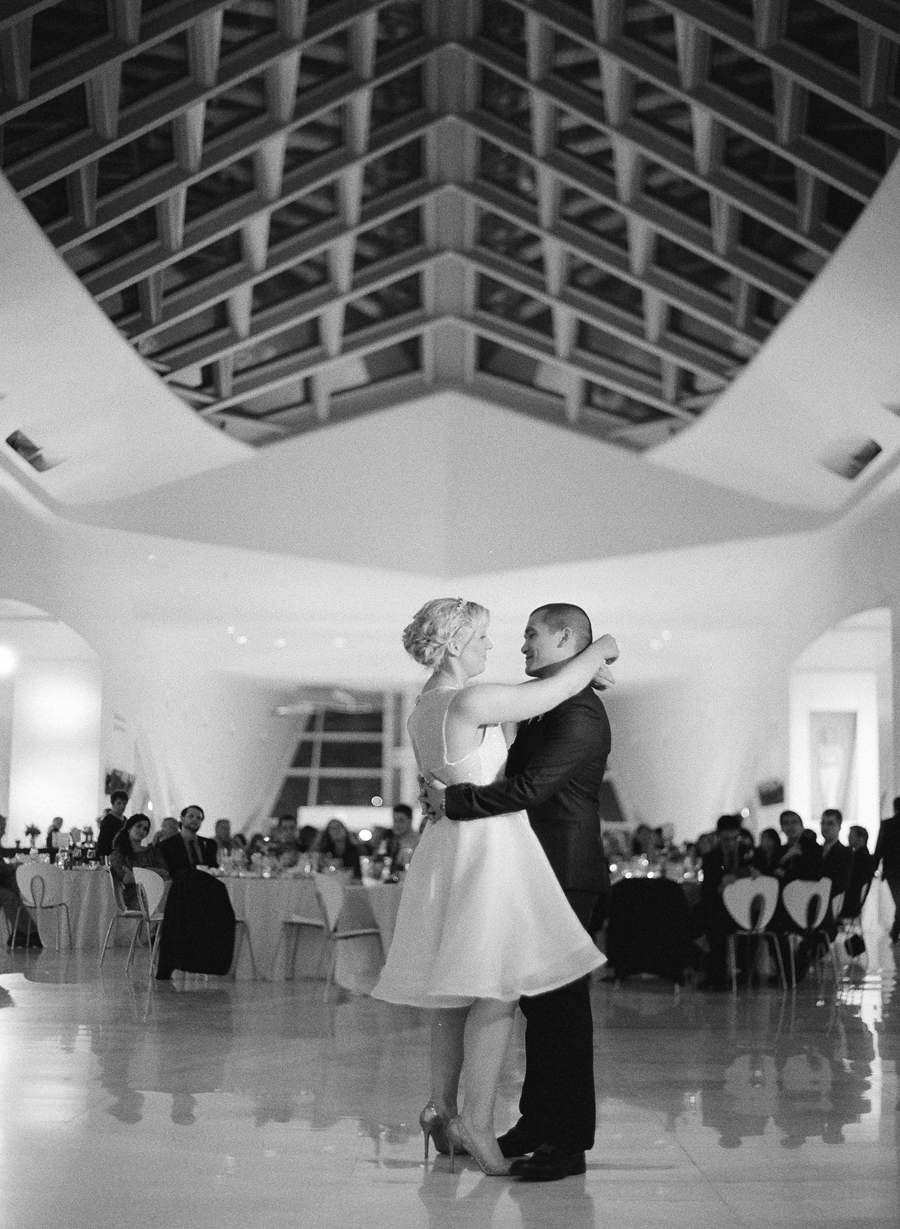 Milwaukee_Art_Museum_Wedding_079.jpg