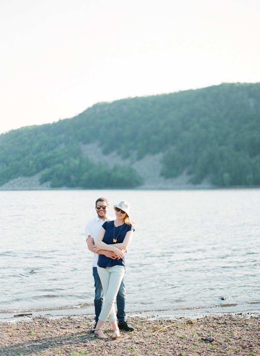 Devils_Lake_Engagement_Photos_007.jpg