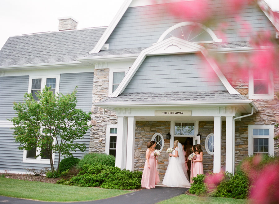 Horseshoe_Bay_Beach_Club_Door_County_Wedding_015.jpg