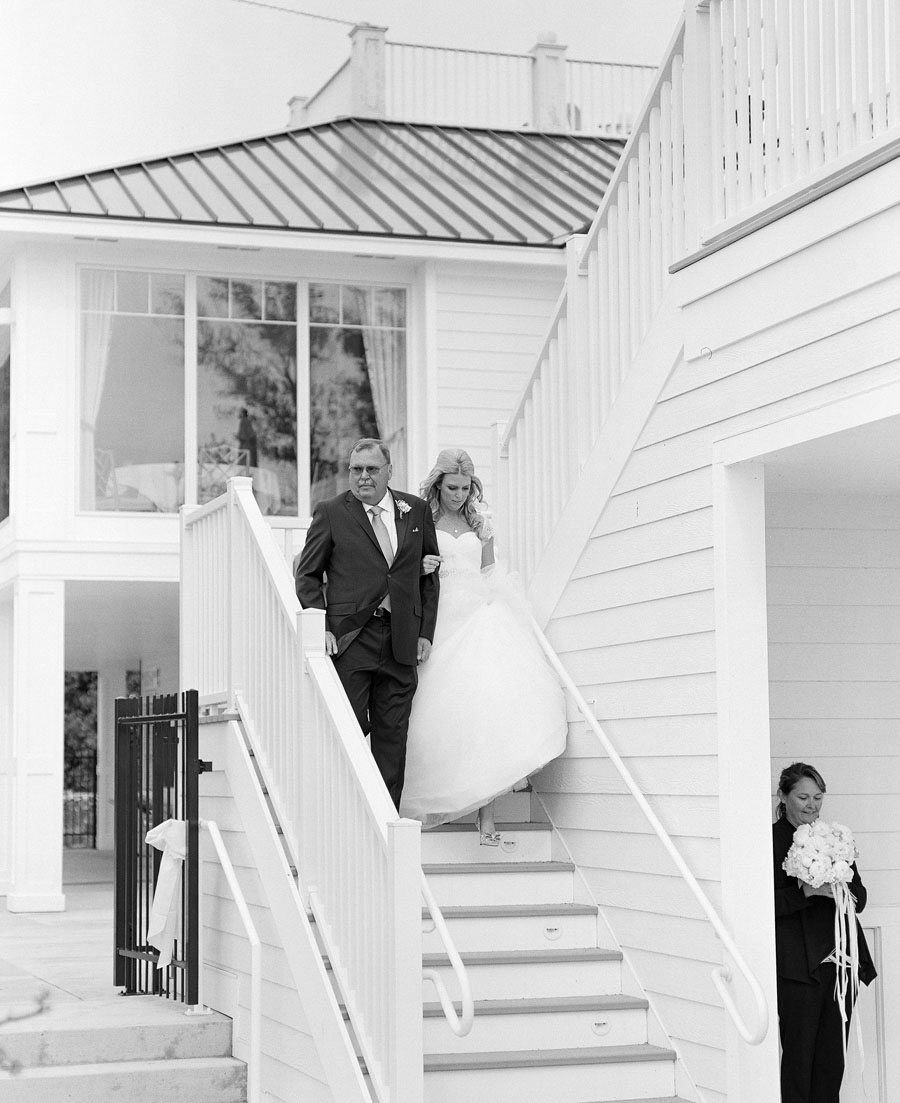 Horseshoe_Bay_Beach_Club_Door_County_Wedding_029.jpg