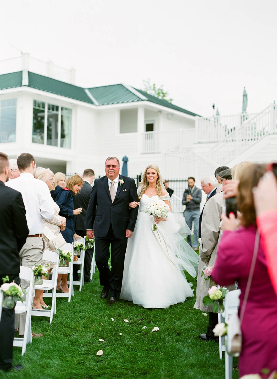 Horseshoe_Bay_Beach_Club_Door_County_Wedding_031.jpg