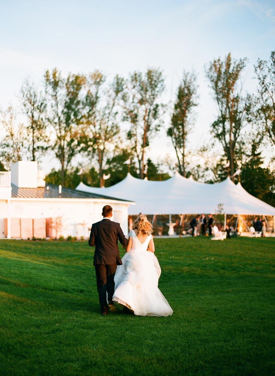 Horseshoe_Bay_Beach_Club_Door_County_Wedding_082.jpg