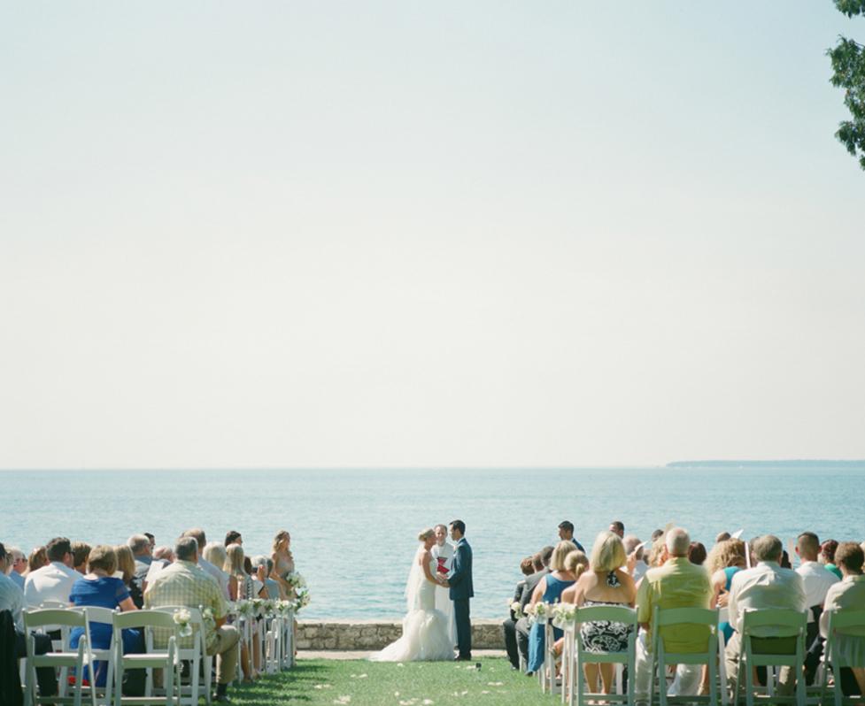 About_Thyme_Farm_Door_County_Wedding_014.jpg