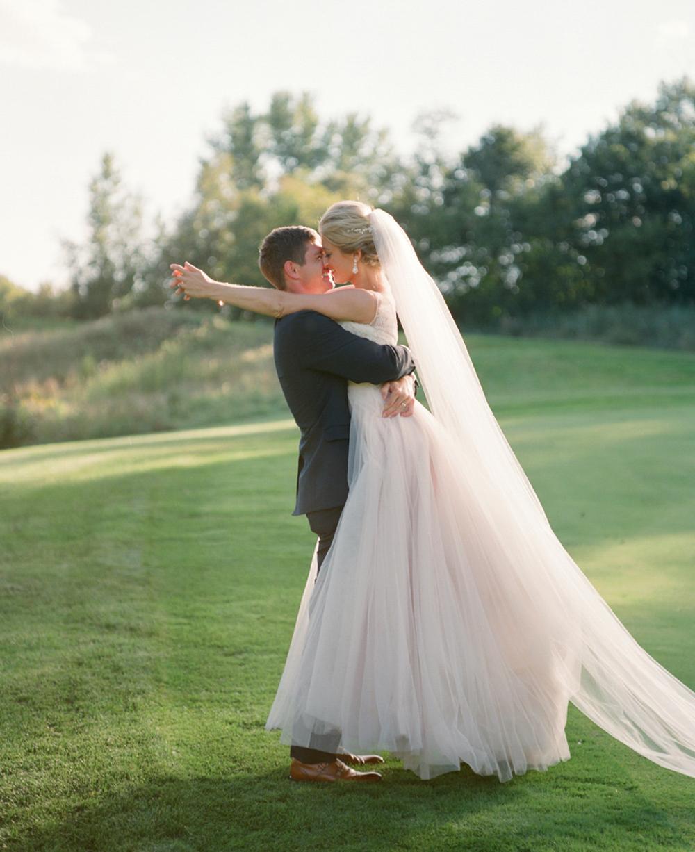 Troy_Burne_Golf_Club_Wedding_Photographer_38.jpg